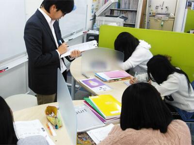 個別指導学習塾アイ・キャン のアルバイト風景1