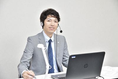 名門会オンライン(関東)オンライン個別指導(名門会近く)のアルバイト風景